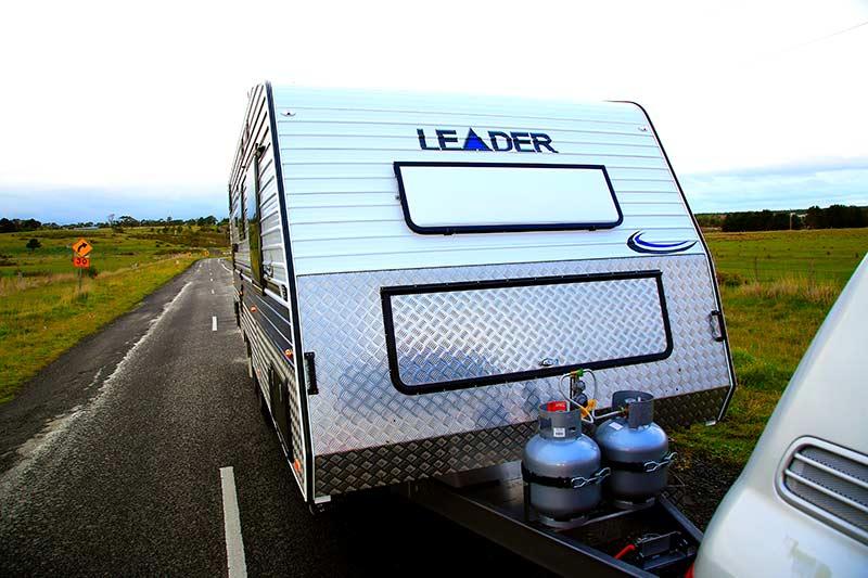 leader caravans