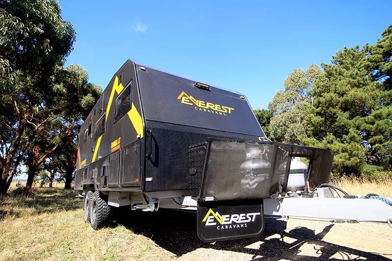 Everest Caravans Kombat